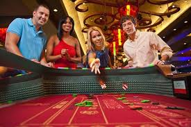 Online casino – Play live or choose to download